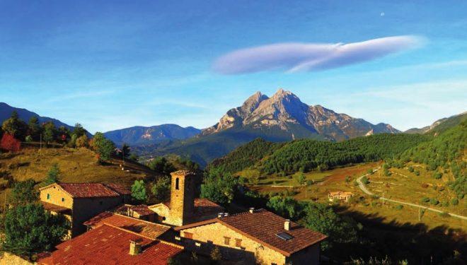 Panorámica del Pedraforca y su entorno hecha desde el mirador de la Gargallosa.