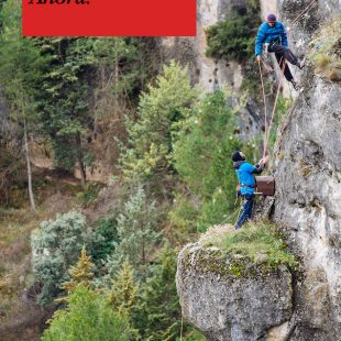"Cartel ""Actúa"", documental de Escalada Sostenible"