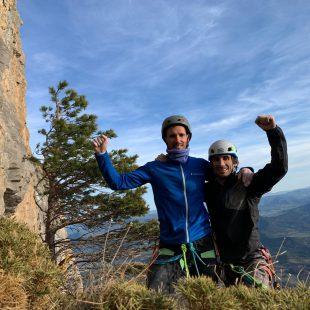 Roberto Larripa 'Boby' y Dani Fuertes, tras escalar 'Piztu da piztia' (8b/+, 200 m) en Peña Montañesa