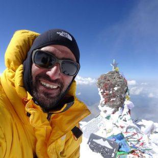 Juan García Arriaza en la cima del Elbrus, 2012