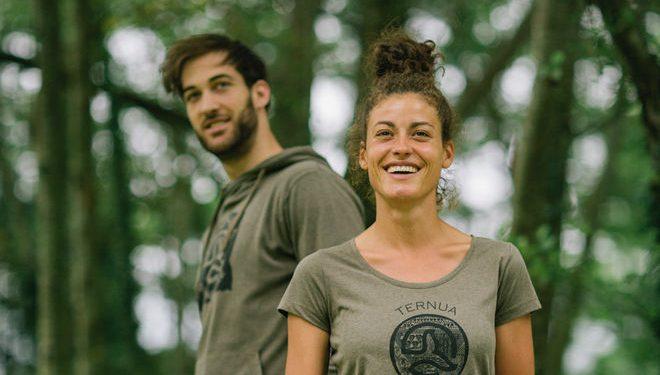 Ternua usa tinte natural en camisetas y sudaderas