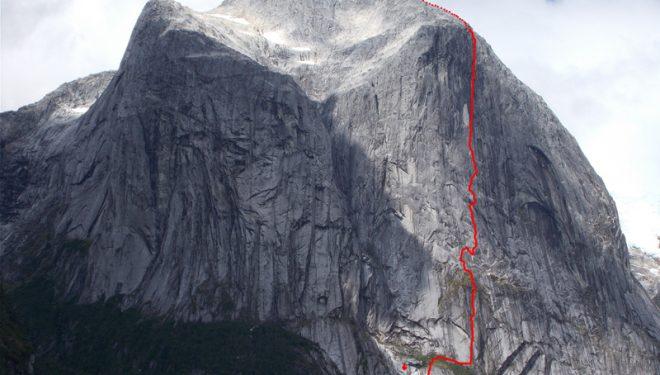 """Vía """"Sincronia Màgica"""" Cerro Chileno Grande"""