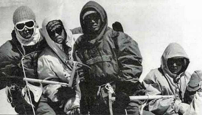 Dhaulagiri primera ascensión por Kurt Diemberger Albin Schelbert Ngawang Dorje y Nima Dorje en 1960