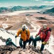 Subiendo un cerro virgen de 5.000 metros en la Puna de Atacama.