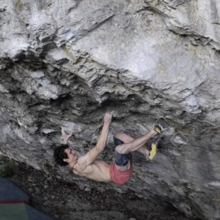 Adam Ondra en 'Ledoborec' 8C+, Moravsky Kras