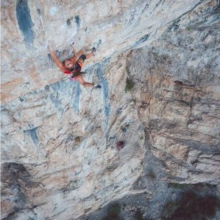 Margo Hayes en 'Kryptonite' 9a de Rifle