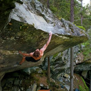 Giuliano Cameroni en 'Power now' 8C de Magic Wood