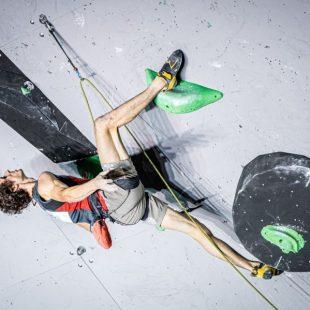 Adam Ondra gana en Briançon, IFSC World Cup 2020
