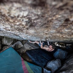 Nathaniel Coleman en 'The grand illusion' 8C+ de Little Cottonwood Canyon.