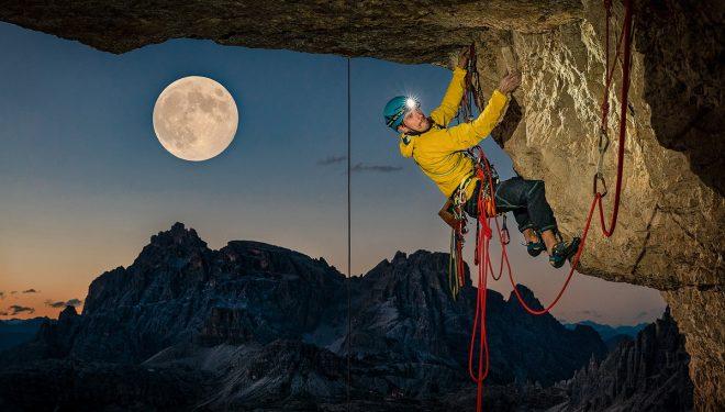 Lukasz Dudek en 'Pan Aroma' (550 m, 8c) en la Cima Ovest de Lavaredo.