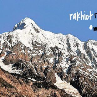 Expedición al pico Rakhiot 2020.