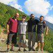 El equipo del CB del Ushba al completo, con Archil Badriashvili y Giorgi Tepnadze.