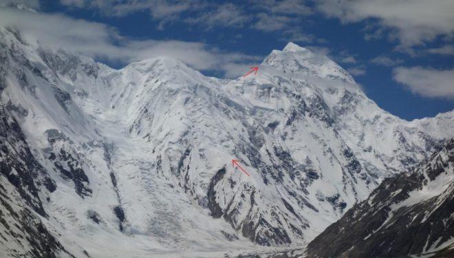 Sani Pakush desde el norte, con la ruta del espolón este señalada (2019).