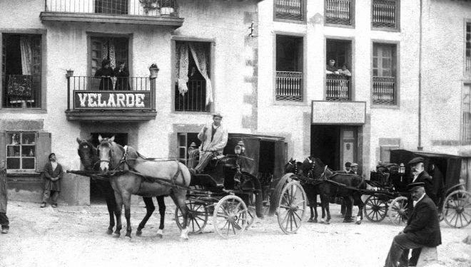 Fonda Velarde (Bustio, Asturias) en 1909. Foto: Archivo E. Villa.