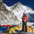 Chhang Dawa Sherpa, en el CB del K2 invernal.