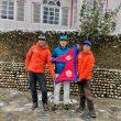 Kili Pemba Sherpa, Mingma Gyalje Sherpa y Dawa Tenzin Sherpa en Skardu.