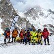 El equipo de Nirmal Purja, listo para salir del CB del K2 invernal.