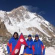 Mingma Gyalje Sherpa (Mingma G), Dawa Tenzin Sherpa y Kili Pemba Sherpa en el K2 invernal.