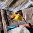 Alex Megos en 'The story of two worlds' 8C.