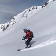 Íñigo Ayllón probando la chaqueta The North Face, Summit Series L3 50/50