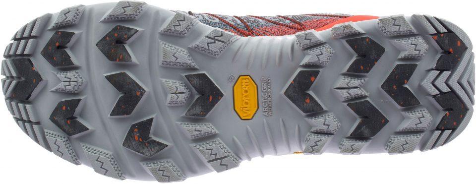Zapatilla Thermo Rogue 3 Mid Gtx De Merrell, galardonada con el Outdoor Equipment en ISPO