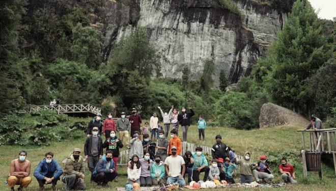 Escaladores y locales participantes en el proyecto La Junta, Chile
