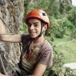 Niño de La Junta (Chile) aprendiendo a escalar