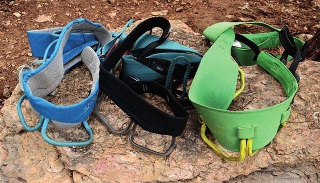 Arneses con distintos acolchados de cintura