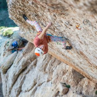 Sébastien Berthe en la vía 'Tarragó' (240 m, 8b+) de Montserrat.