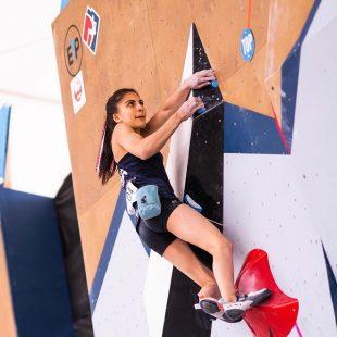 Natalia Grossman en la Copa del Mundo de Búlder 2021 de Salt Lake City.