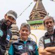 Carlos Soria, Sito Carcavilla y Luis Miguel Soriano en Kathmandu antes de partir al Dhaulagiri (abril 2021).