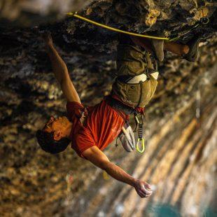Jonatan Flor en la cueva de Alí Babá de Rodellar.