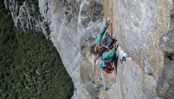 Brittany Goris escala 'Salathé Wall' en El Capitan (Yosemite).
