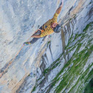 Siebe Vanhee en 'Fly' al Staldenfluh (Suiza).