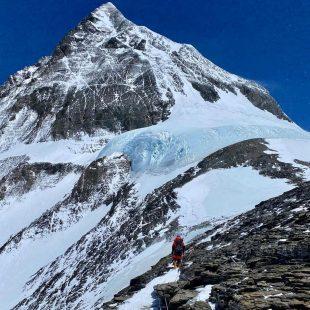 Colin O'Brady en el Everest 2021.