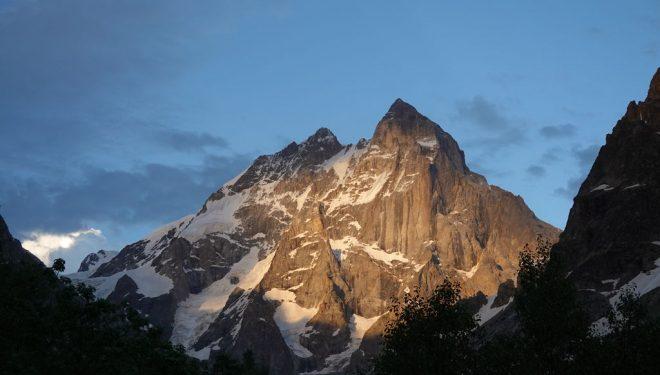 Ushba (4.710m)