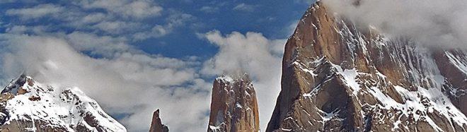 Torres del Trango, con la Nameless Tower en el centro.