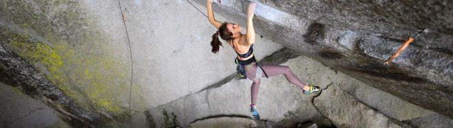Paige Claassen en 'Dreamcatcher' 9a de Squamish.