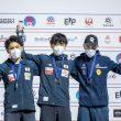 Podio masculino del Campeonato del Mundo de Búlder 2021: Kokoro Fujii (1º), Tomoa Narasaki (2º) y Manuel Cornu (3º).