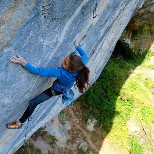 Laura Rogora escala en San Rocchino (Foto: Luca Andreozzi).