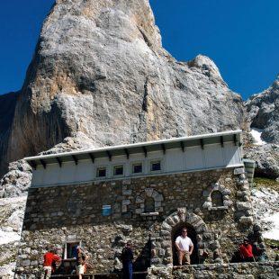 Refugio de Vega de Urriellu