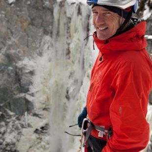 Will Gadd en las Canadians Waterfall  (www.Arcteryx.com)