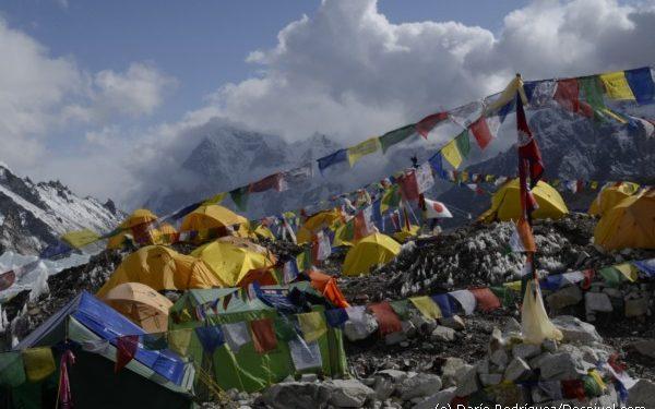 Campo base del Everest 2011. Vista del campo base.  (©Darío Rodríguez 2011)