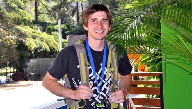 Daniel Woods a las puertas de Climbat La Foixarda  (Isaac Fernández)