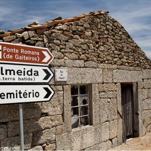 Apertura reportaje de turismo acuático en el Noguera Pallaresa  ()