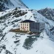 Fotomontaje que recrea cómo podría ser el nuevo refugio del Matterhörn.  (Víctor Riverola y Jekaterina Nikitina)