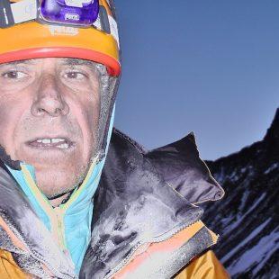 Ralf Dujmovits durante su intento sin oxígeno al Everest en 2012  (Ralf Dujmovits)