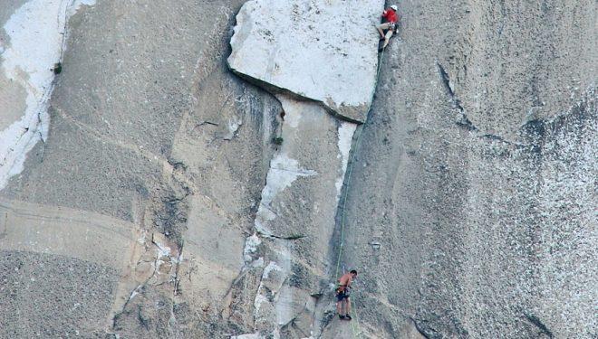 Hans Florine y Alex Honnold durante el récord de velocidad en The nose (Yosemite)  (Tom Evans / Elcapreport.com)