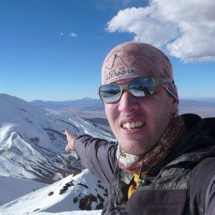 Maximo Kausch en la cima del Capurata (6.013 m)