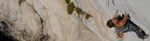 Muriel Sarkany en Punt-X 9a de Gorges du Loup  (Roman Bayon)